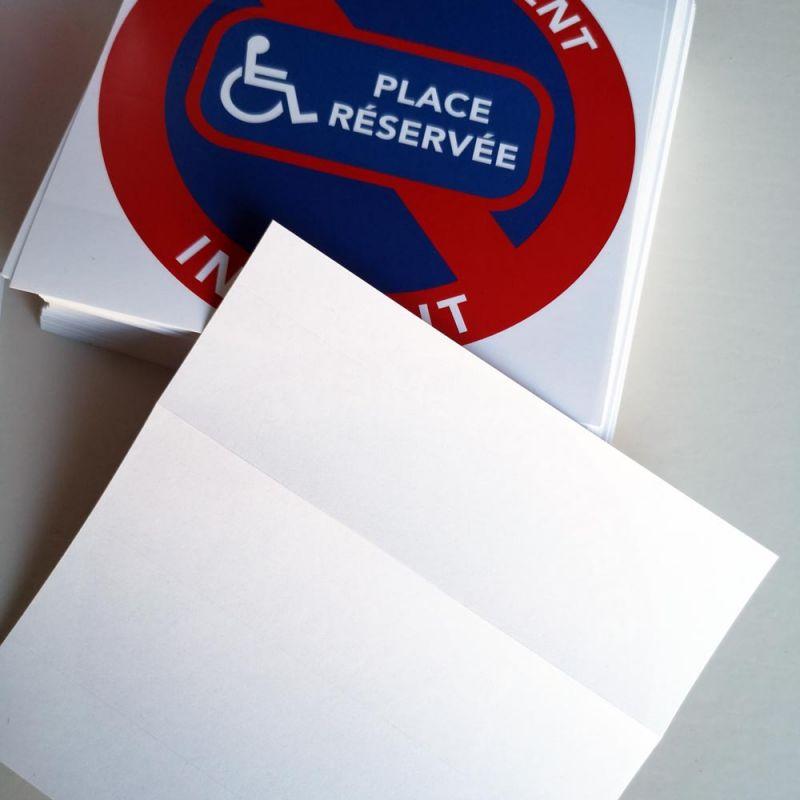 autocollants stationnement interdit sur place r serv e aux. Black Bedroom Furniture Sets. Home Design Ideas