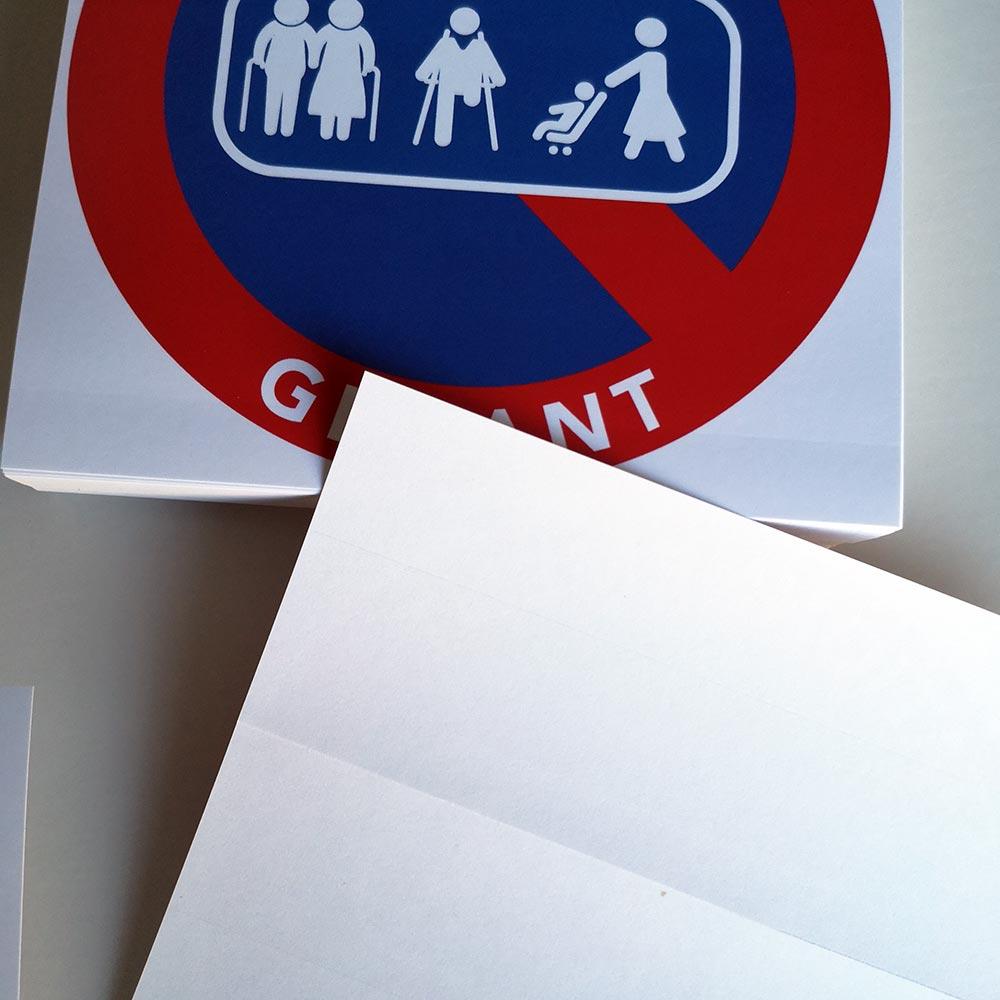 stationnement interdit sur passage de personnes