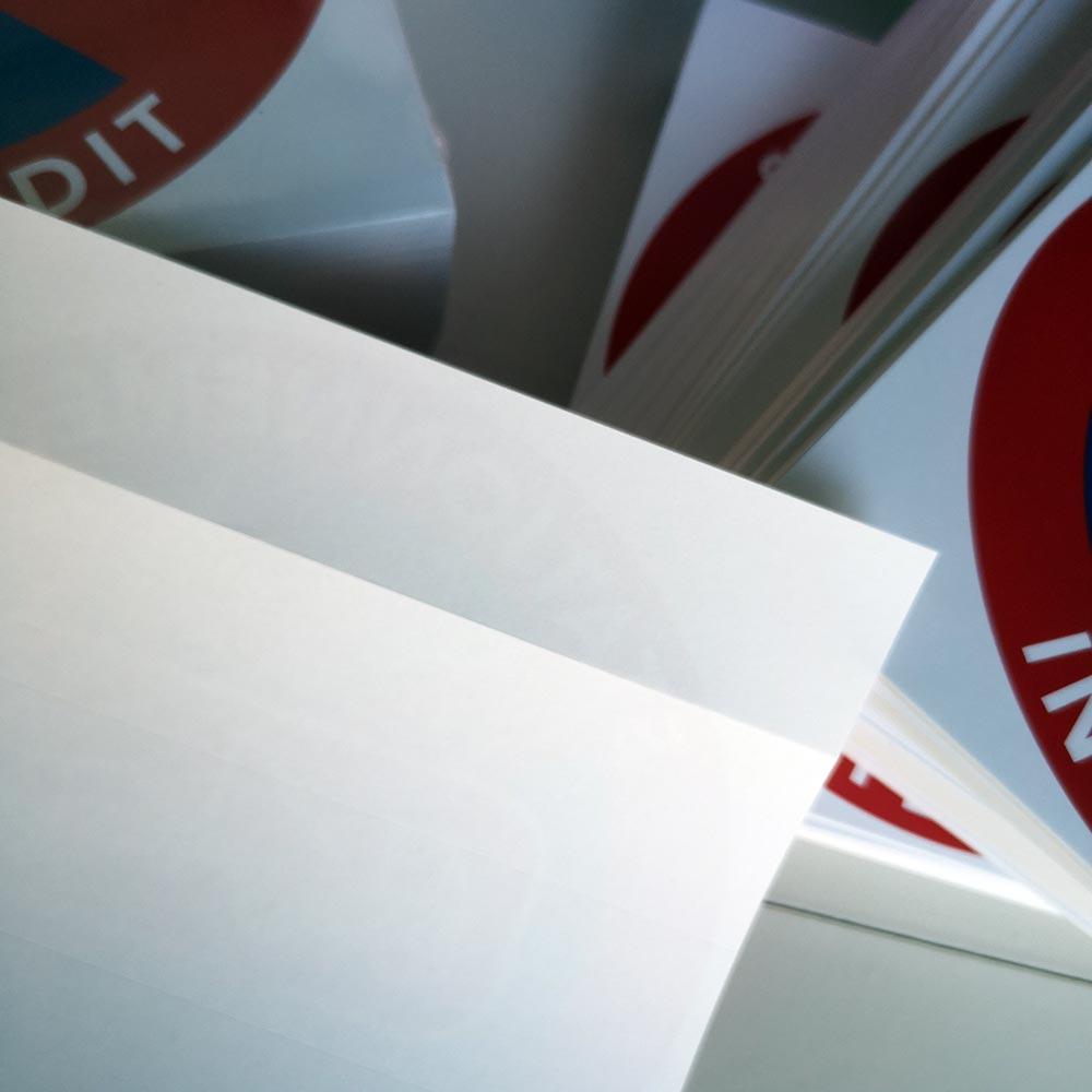 stickers pour signaler une mise en fourrière car stationnement interdit