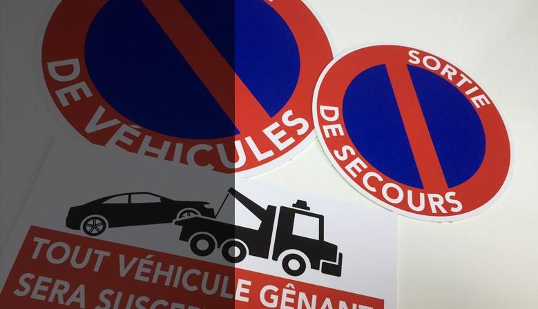 Panneaux de stationnement interdit